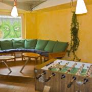Terrasse Jugendhaus, Freizeitraum Jugendhaus, Kosten Übernachtung Jugendhaus